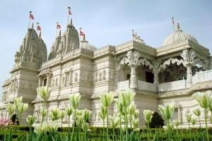 Templul hindus din Londra - o excursie la englezescul Taj Mahal