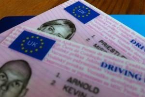 Permis de conducere: englezesc sau romanesc?