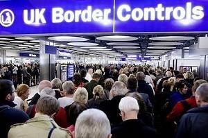 Vor limita ajutoarele sociale oferite imigrantilor!