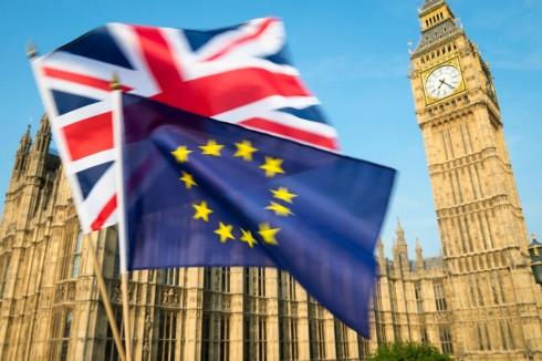 Cat mai ramane Marea Britanie in UE?