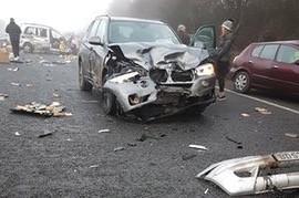 Accidente in lant pe autostrada A40