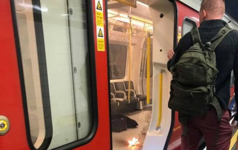 Panica in statia de metrou Tower Hill din Londra!