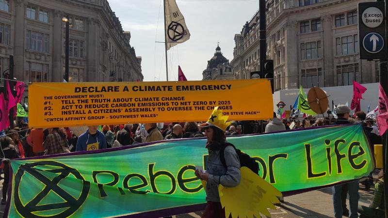 Extinction Rebellion: 217 de protestatari arestați în centrul Londrei