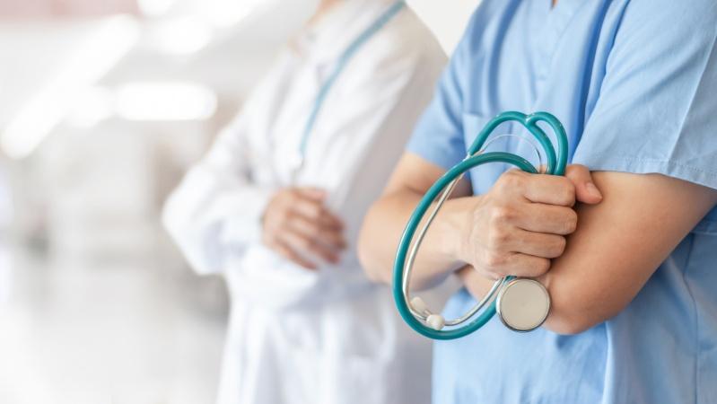 Vize extinse pentru 6.000 de angajați din domeniul sănătății