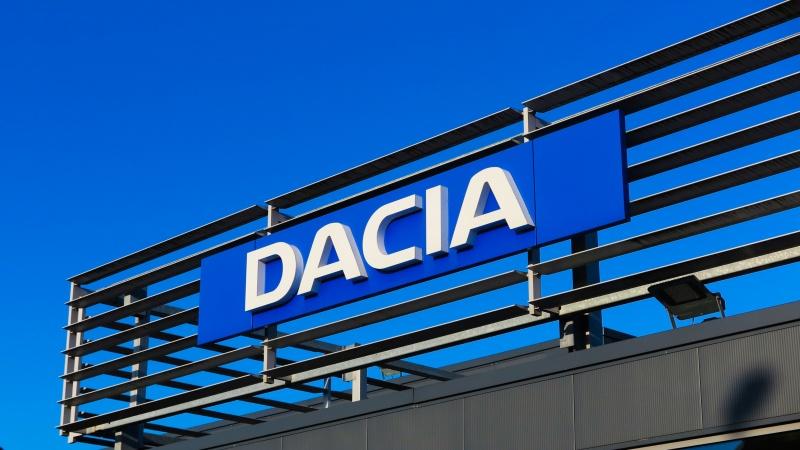 Un român cu studii în Marea Britanie revine la conducerea Dacia