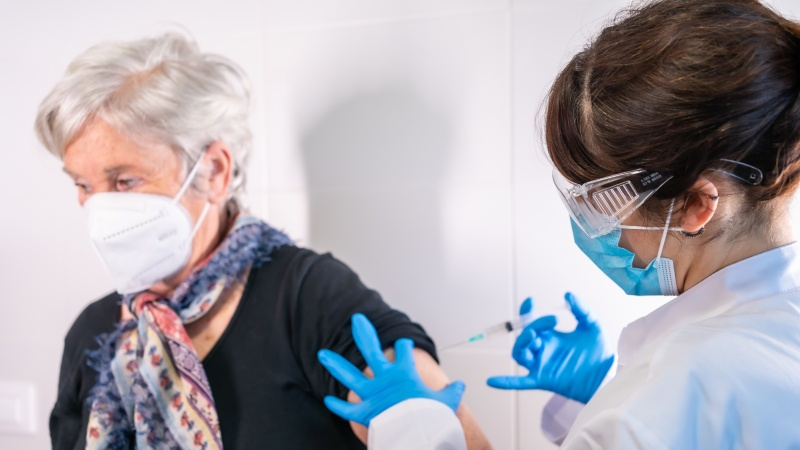 Marea Britanie: Vaccinare COVID-19 24/7