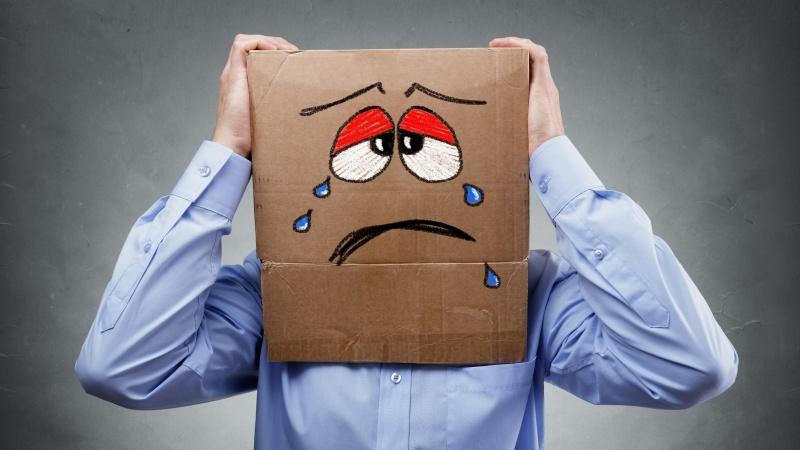 Covid-19 crește riscul de depresie și demență