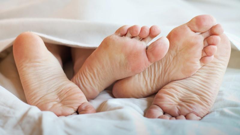 S-a aflat! Iată ce vor femeile în dormitor. Trucuri pe care dacă le știi, nu-ți va rezista nicio femeie