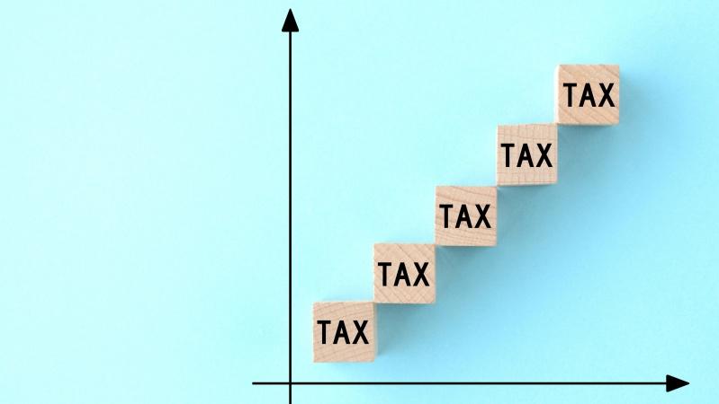 Discursul Reginei îmbrățișează ideea majorării taxelor pentru a ține sub control finanțele
