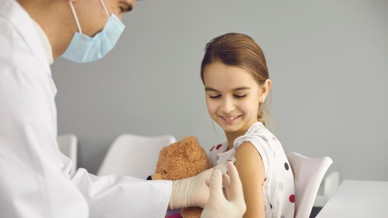 Comitetul mixt pentru vaccinare și imunizare nu recomandă vaccinarea copiilor în UK