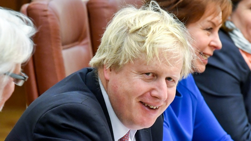 """Premierul Johnson Johnson critică """"șoferii străini ieftini"""""""