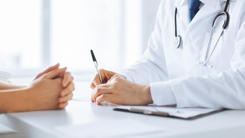 Sprijin financiar pentru doctorii britanici, încurajați să consulte direct pacienții