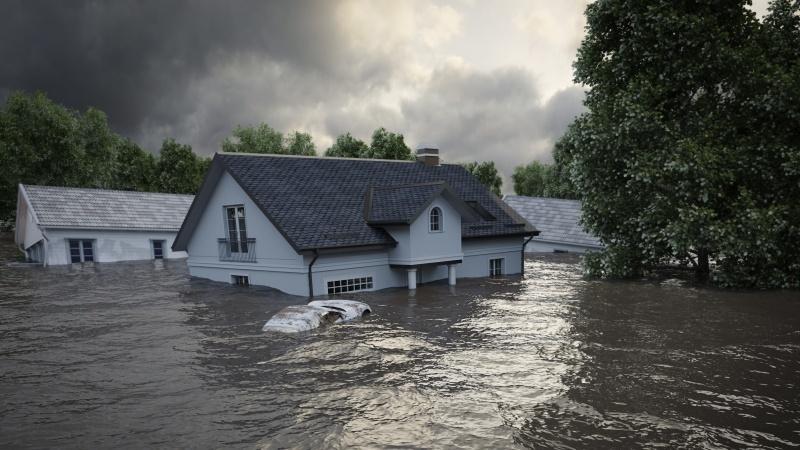 Risc letal de inundații de la ora 15:00 AZI