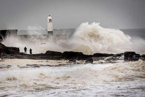 Inundatii istorice in Marea Britanie!!!